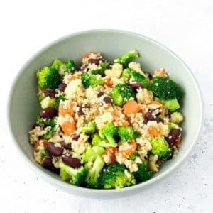 bunte Quinoa-Bowl